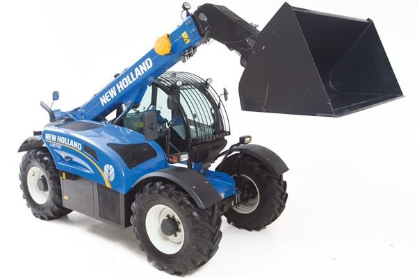 New-Holland-LM7.42-min.jpg